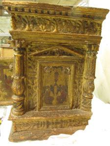 Il tabernacolo della chiesa di San Nicola a Tagliacozzo prima del restauro