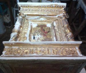 Il tabernacolo della chiesa di San Nicola a Tagliacozzo durante il restauro